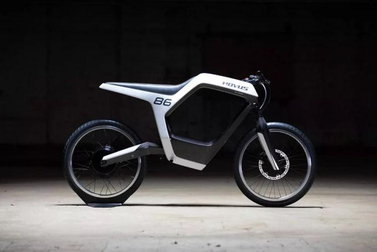 Novus fica entre a bicicleta e a motocicleta elétrica — Foto: Divulgação/Novus