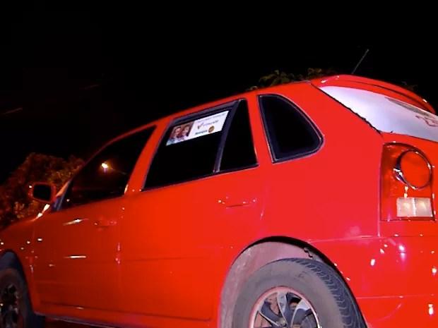Vítima teve carro roubado na Zona Sul de Natal; criminosos usaram veículo para praticar assaltos (Foto: Reprodução/Inter TV Cabugi)