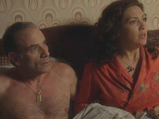 No flagra! Fernando e Cristina no susto ao ver Rafael (Foto: TV Globo)