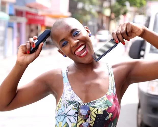 Angélica faz muito sucesso com sua cabeça raspada (Foto: Claudia Rezende/Gshow)