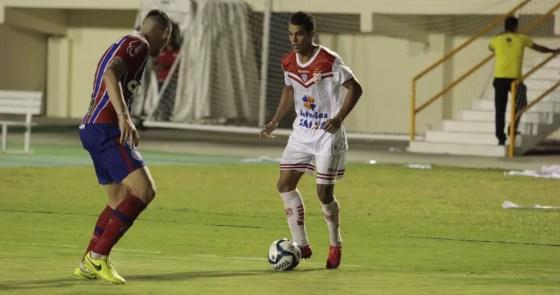 Hiago, meia-atacante do Sergipe (Foto: Osmar Rios / GloboEsporte.com)