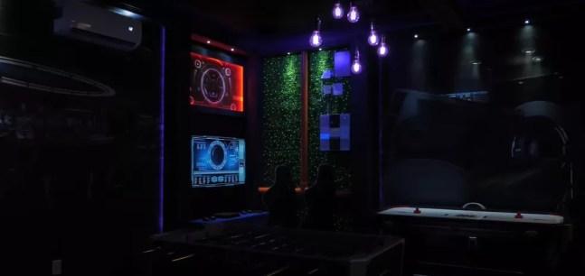 Garagem do Avatar — Foto: Reprodução / YouTube