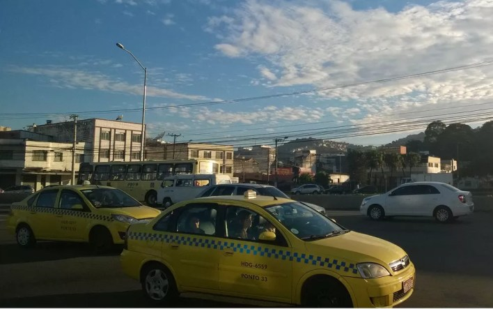 Sistema biométrico para taxistas foi implantado pela Prefeitura de Juiz de Fora em 2014 (Foto: Roberta Oliveira/G1)