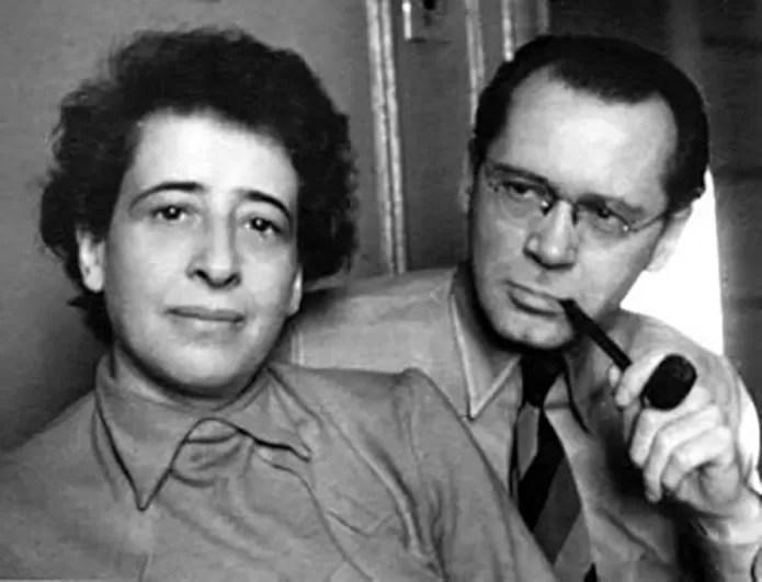 Arendt ao lado de Heidegger, um de seus maiores mentores que também foi amante nos anos 1920 (Foto: Reprodução/Wikimedia Commons) (Foto: Arendt ao lado de Heidegger, um de seus maiores mentores que também foi amante nos anos 1920 (Foto: Reprodução/Wikimedia Commons))