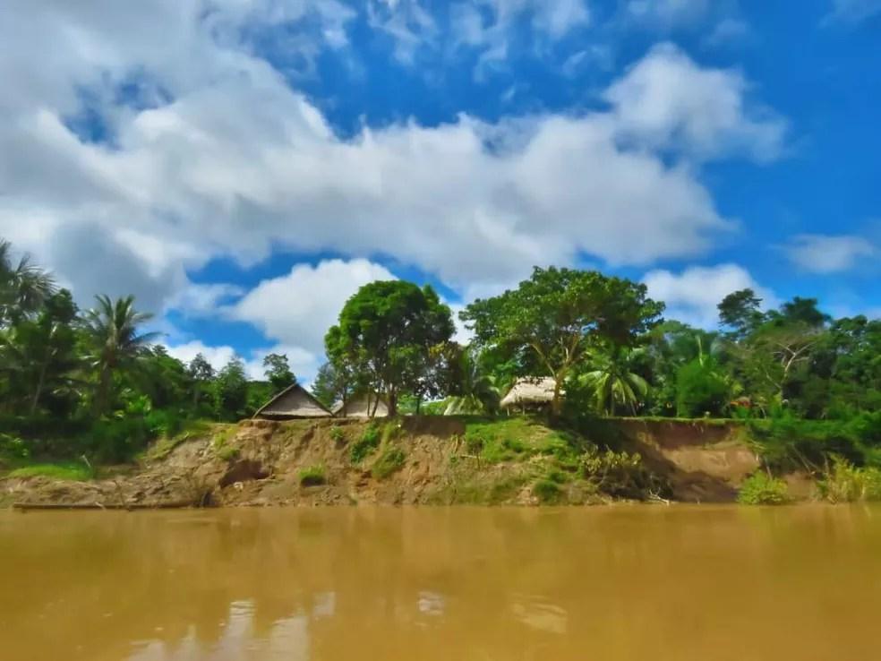 Vista de aldeia no interior do Acre — Foto: Yara Luiza Piyãko Pinhanta/Arquivo pessoal