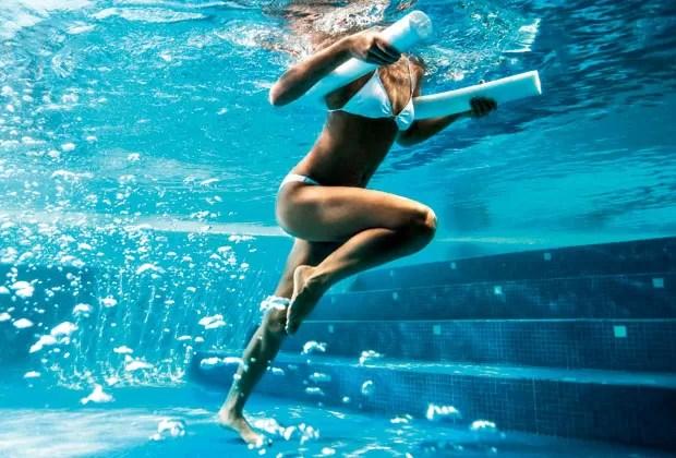 Feitos na piscina ou na praia, os esportes aquáticos são a pedida da estação para perder peso e definir o corpo (Foto: Jorg Badura/Trunk Archive)