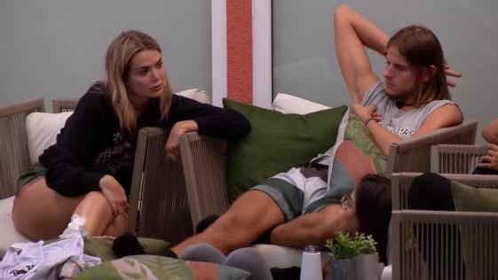 Marcela fala de Thelma: 'Passando pano para umas atitudes bem feias' — Foto: Globo