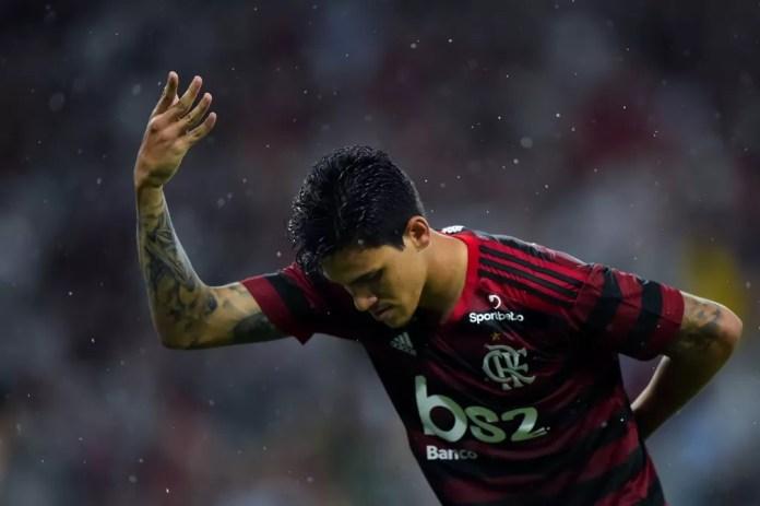 Flamengo, do atacante Pedro, entra direto nas oitavas de final — Foto: André Durão