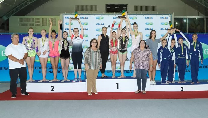 Pódio por equipe, Brasileiro Juvenil de ginástica rítmica (Foto: Ricardo Bufolin/CBG)