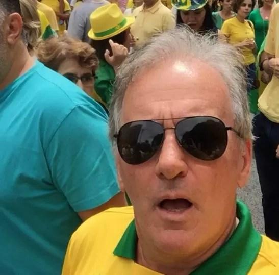 Otavio Mesquita em manifestação (Foto: Instagram / Reprodução)