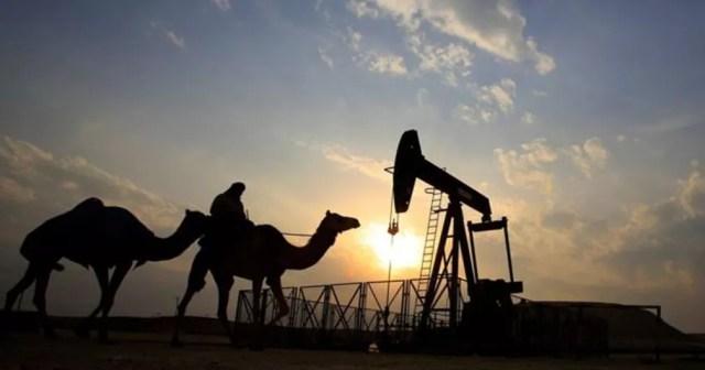 Arábia Saudita é maior exportadora de petróleo do mundo — Foto: AP