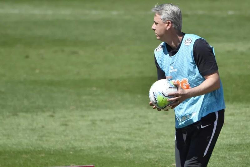 Tiago Nunes, técnico do Corinthians, no jogo contra o São Paulo — Foto: Marcos Ribolli