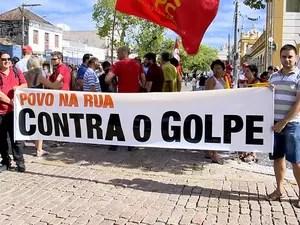 Manifestação em Pelotas (Foto: G1)
