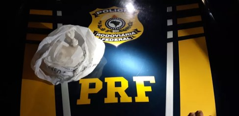 Homem é preso suspeito de envolvimento com tráfico em Barra de Santana, na PB — Foto: Divulgação/PRF