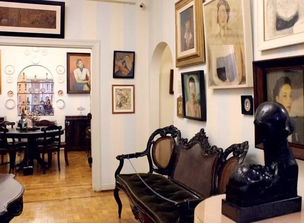 Muitos objetos que remetem à Revolução Constitucionalista de 1932 podem ser encontrados no interior da casa (Foto: Ilana Bar/Editora Globo)