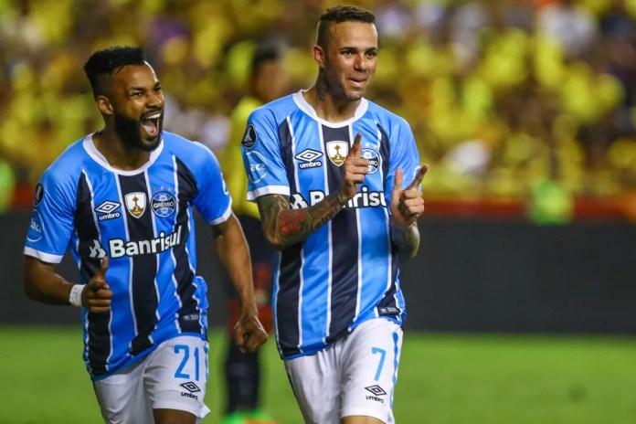 Luan marcou duas vezes contra o Barcelona-EQU (Foto: Lucas Uebel / Grêmio, DVG)