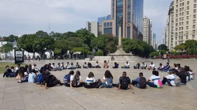 Pedro Bárbara diz que suas aulas, que costumavam ser em espaços abertos, estão mais 'tecnicistas' — Foto: Arquivo pessoal