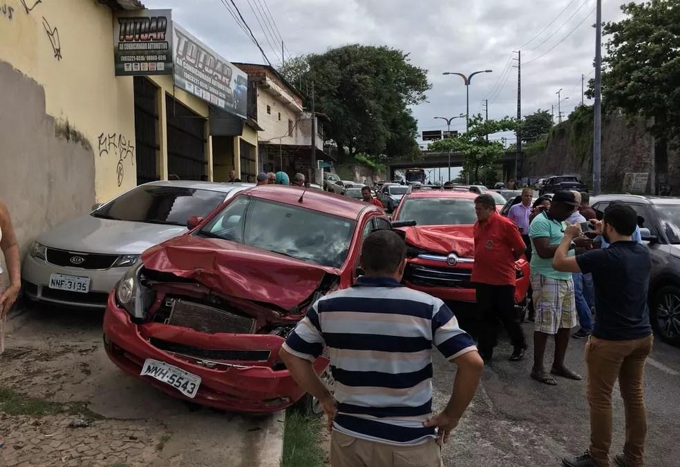 Acidente foi na Avenida Vitorino Freire, em São Luís (Foto: Colaboração)