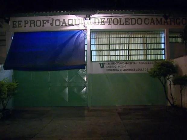 Aulas ficarão suspensas na Escola Estadual Professor Joaquim de Toledo Camargo em Itirapina (Foto: Ely Venâncio/EPTV)