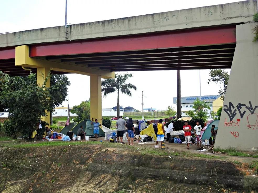 Voluntários religiosos planejam arrecadar doações de alimentos e materiais de higiene para os imigrantes (Foto: Adneison Severiano/G1 AM)