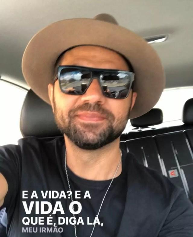 Cantor Tay compartilhou foto com trecho de música de Gonzaguinha, antes do acidente na Bahia — Foto: Reprodução/ Rede Sociais