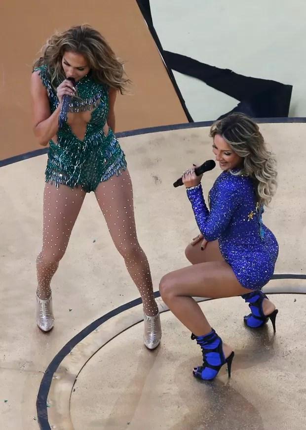 Jennifer Lopez e Claudia Leitte (Foto: Reuters)