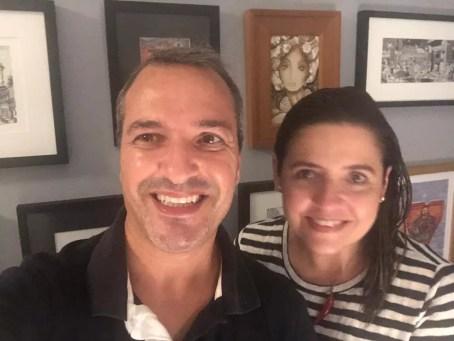 Dalton Fernandes Moreira e a namorada, Claire Houly de Sant'Ana, tiveram os mesmo sintomas, foram internados e receberam alta hospitalar com um dia de diferença — Foto: Arquivo pessoal