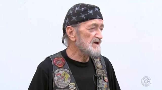 Morador de São Roque comemora aniversário de 73 anos com viagem de motocicleta — Foto: Reprodução/TV TEM