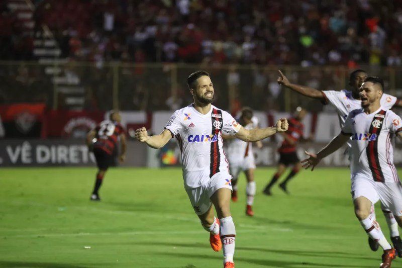 Flamengo garantiu vaga direta na Libertadores com gol no último minuto contra o Vitória (Foto: Gilvan de Souza/Flamengo)