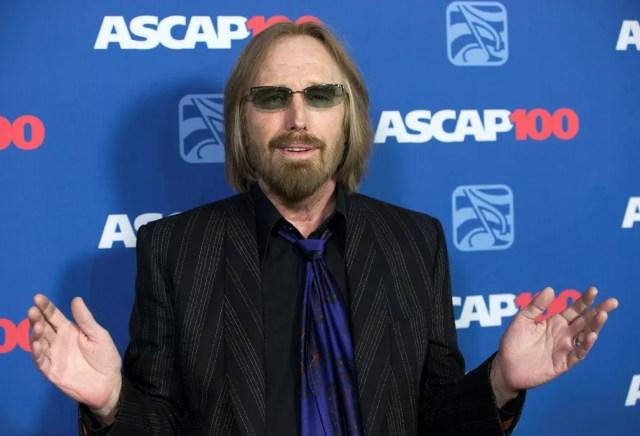 Tom Petty posa no Pop Music Awards, em Hollywood, em 2014 (Foto: Reuters/Mario Anzuoni)