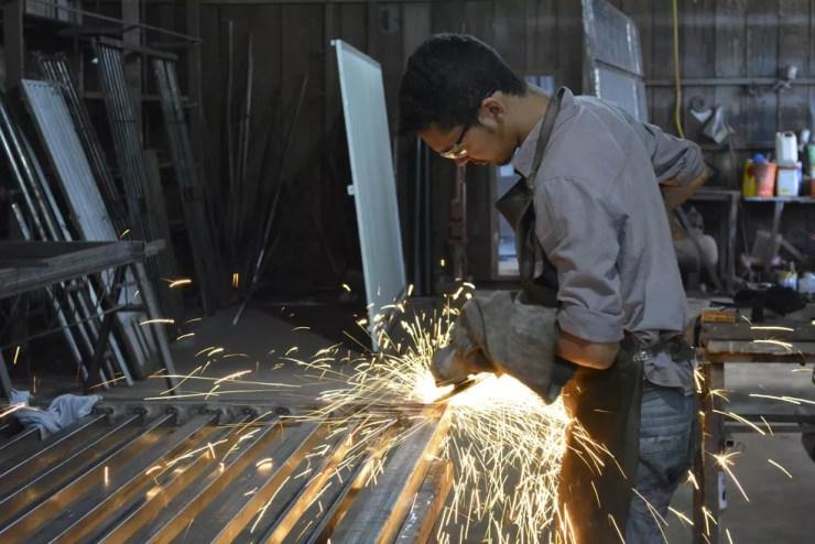 Há oportunidade para serralheiro em José Bonifácio (Foto: Diêgo Holanda/G1)
