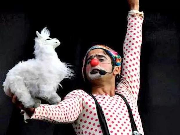 Apresentação Inka Clown, do Circo Rebote do Peru (Foto: Mari Oliveira)
