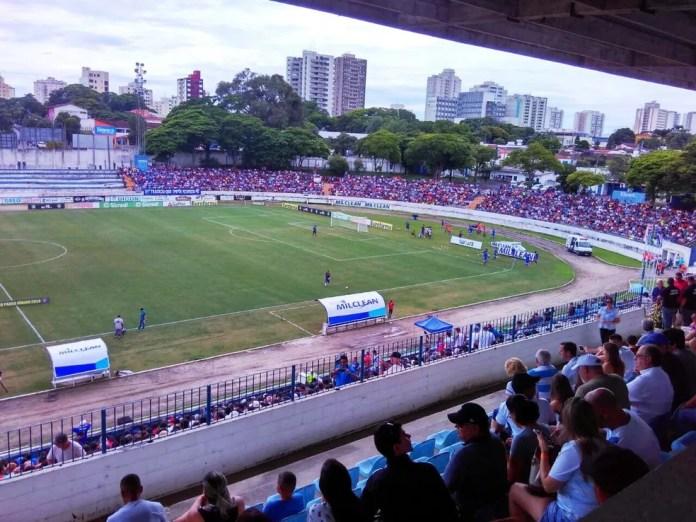 Estádio Joaquinzão, em Taubaté, será o palco da partida entre Palmeiras e Vasco (Foto: Filipe Rodrigues/GloboEsporte.com)