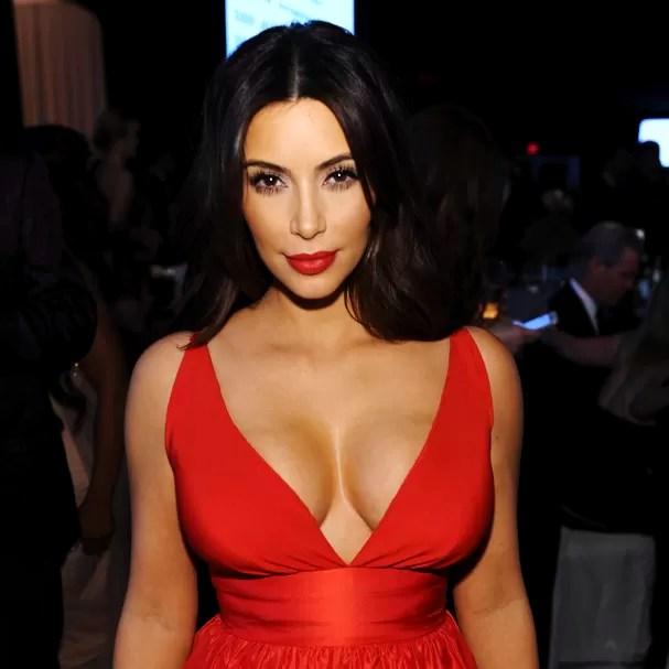 Kim Kardashian tem os seios ideais para os homens, de acordo com pesquisa (Foto: Getty Images)