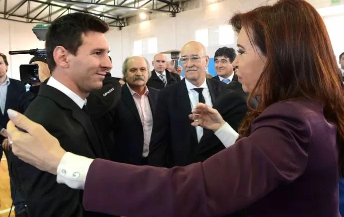 Cristina Kirchner e Messi argentina (Foto: Agência Reuters)