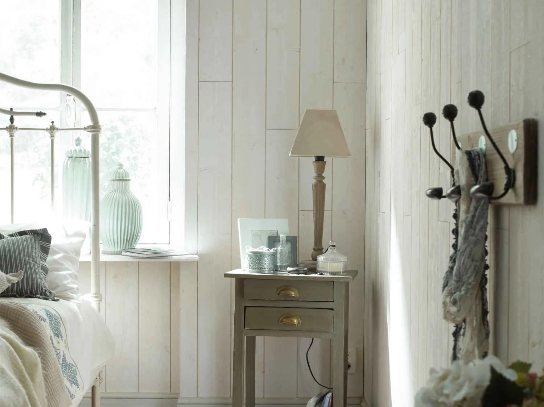 Recouvrir Un Plafond En Lambris Finest Il Est Prfrable