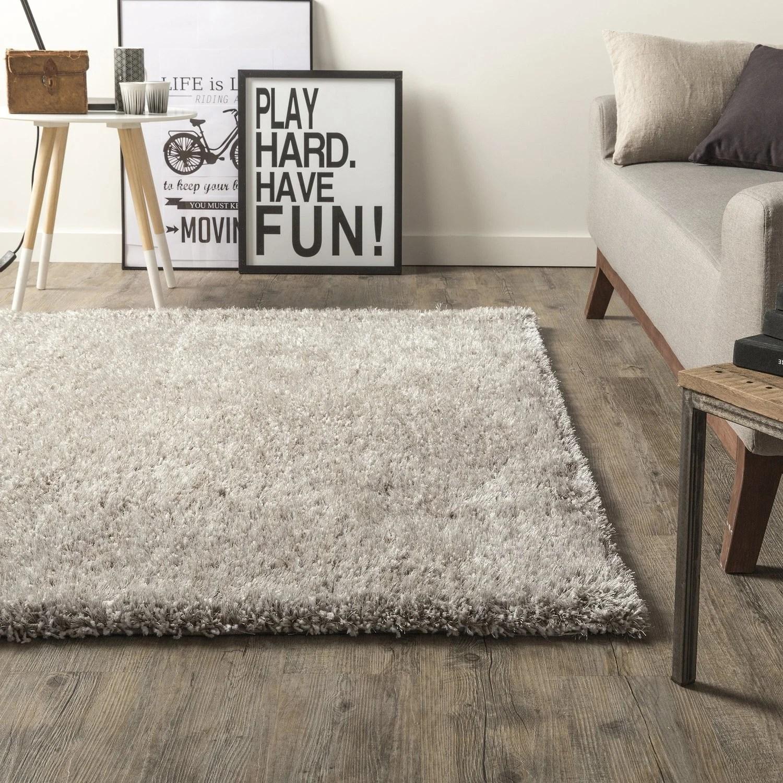 un tapis moelleux pour interieur cosy