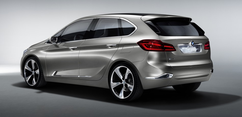 033-BMW-Concept-Active-Tourer