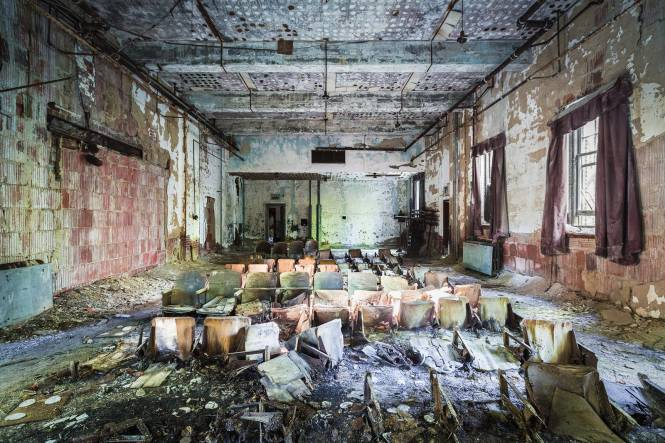 The 13 Most Haunting Abandoned Spots In Nyc