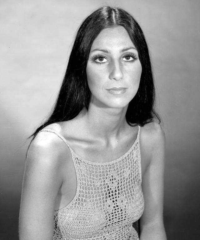 70s hairstyles styling tips halloween cher long hair