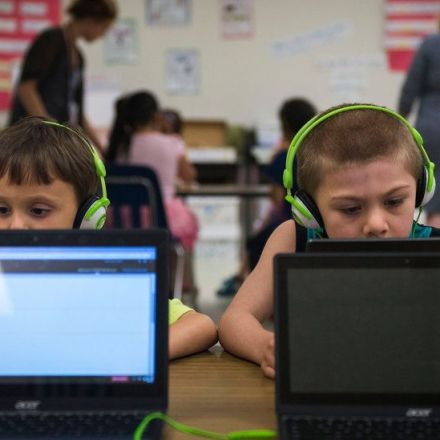 Apple's Devices Lose Luster in American Classrooms