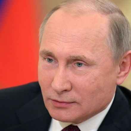 Putin backs inquiry into Chechnya 'gay purge'
