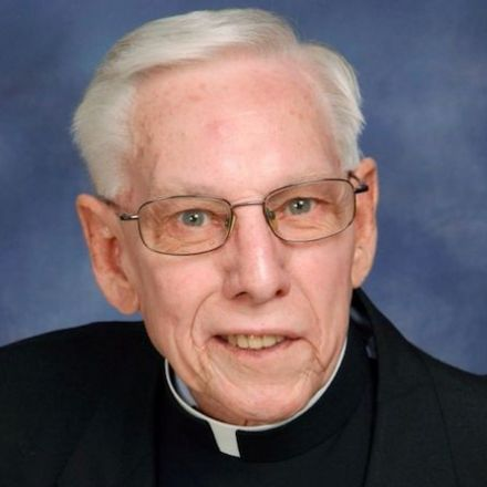 Priest admits to stealing $500K from church retirement home to pay for casino trips, concerts