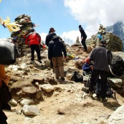 Death in the clouds: The problem with Everest's 200+ bodies
