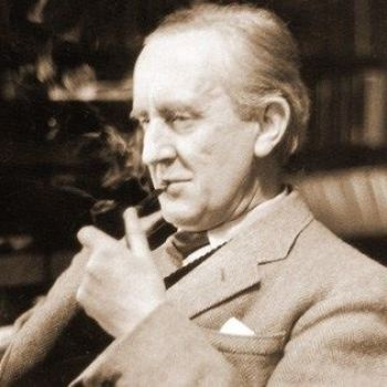 """J.R.R. Tolkien Reads from The Lord of the Rings and Sings """"Sam's Rhyme of the Troll"""" in a Rare Recording"""