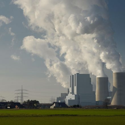 World abandons coal in dramatic style raising hope of avoiding dangerous global warming, report says
