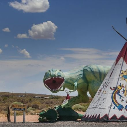 Route 66: Decay and resilience along iconic US highway