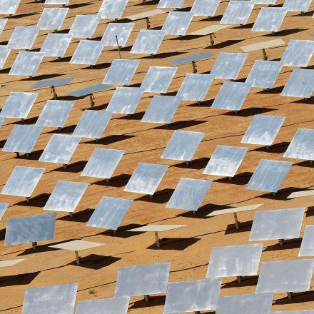 Saudis Kick Off $50 Billion Renewable Energy Plan to Cut Oil Use