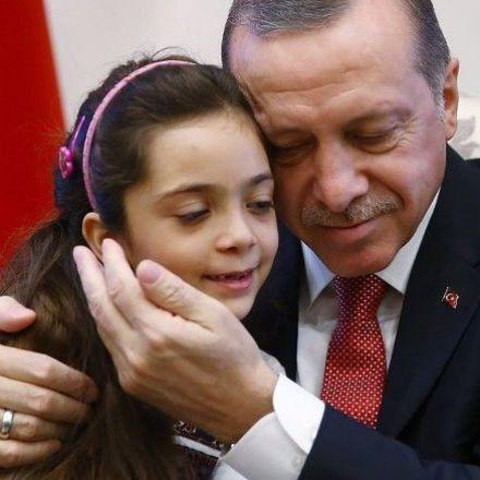 Aleppo tweeter Bana al-Abed meets Turkish president Erdogan