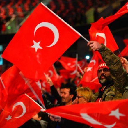 Pro-Erdogan Sites Take Aim at Critics in Germany
